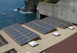 italy-rooftop-solar-world-largest-biggest-300x2251