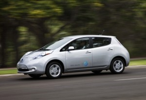 2012 nissan leaf fast charging heated seats available. Black Bedroom Furniture Sets. Home Design Ideas