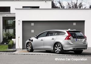 Volvo V60 Plug-In Hybrid - World's First Premium Diesel PHEV