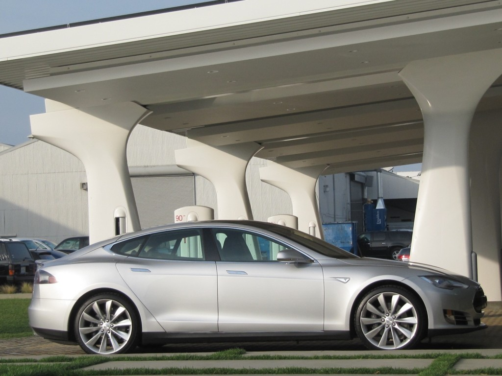 Tesla Model S Owner of Tesla Model S Takes Another Electrical Coast to Coast Trip