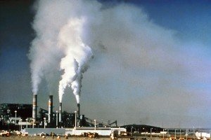 Air Pollution 300x200 Clean Air Act Reduced Smog Forming Emissions Steadily for Over 20 Years