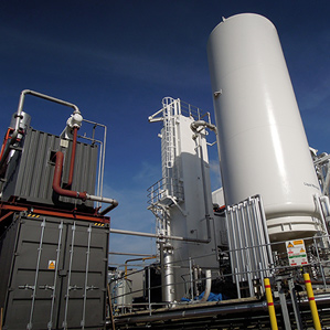 Liquified Air in the Container to the Right can Power a Turbine in the Container to the Left