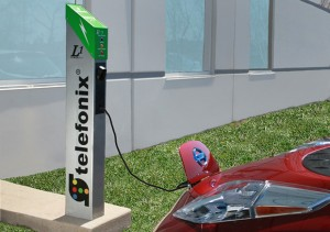 Telefonix L1 Power Post Electric Vehicle Charging Stattion