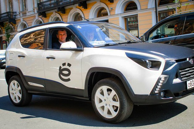 Russian Yo-Auto Crossover, Not Your Average Hybrid Vehicle