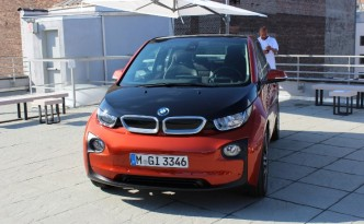 BMW i3's Tiny Fuel Tank Barely Doubles its Electric Vehicle Range