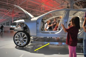 """Tesla Model S Displays its Shiny Battery Underbelly, Protected by 1/4"""" Armor"""