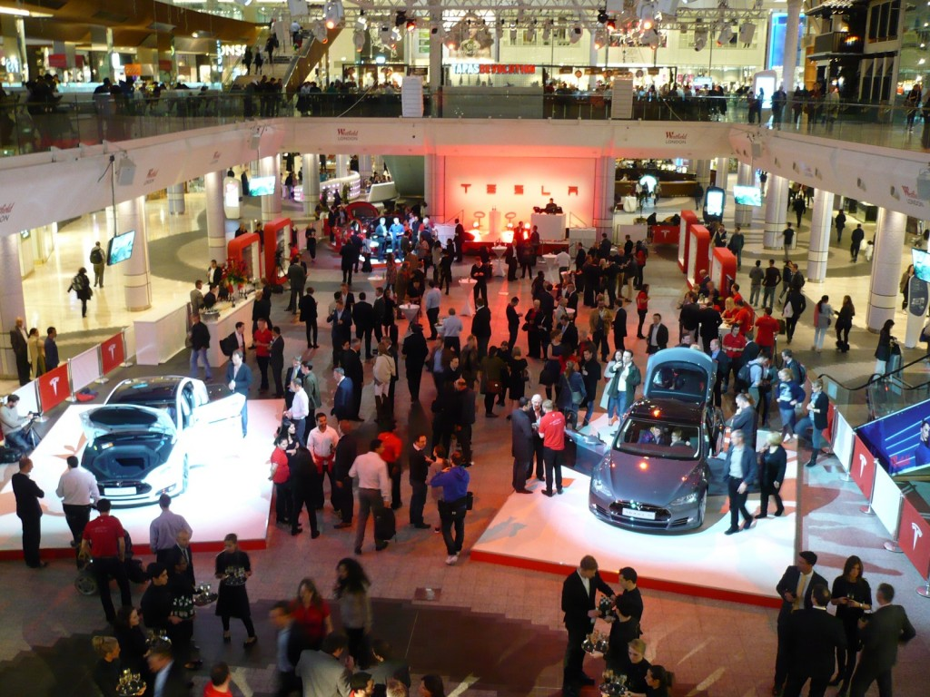 First Tesla Motors Store in UK, Elon Musk Speaks