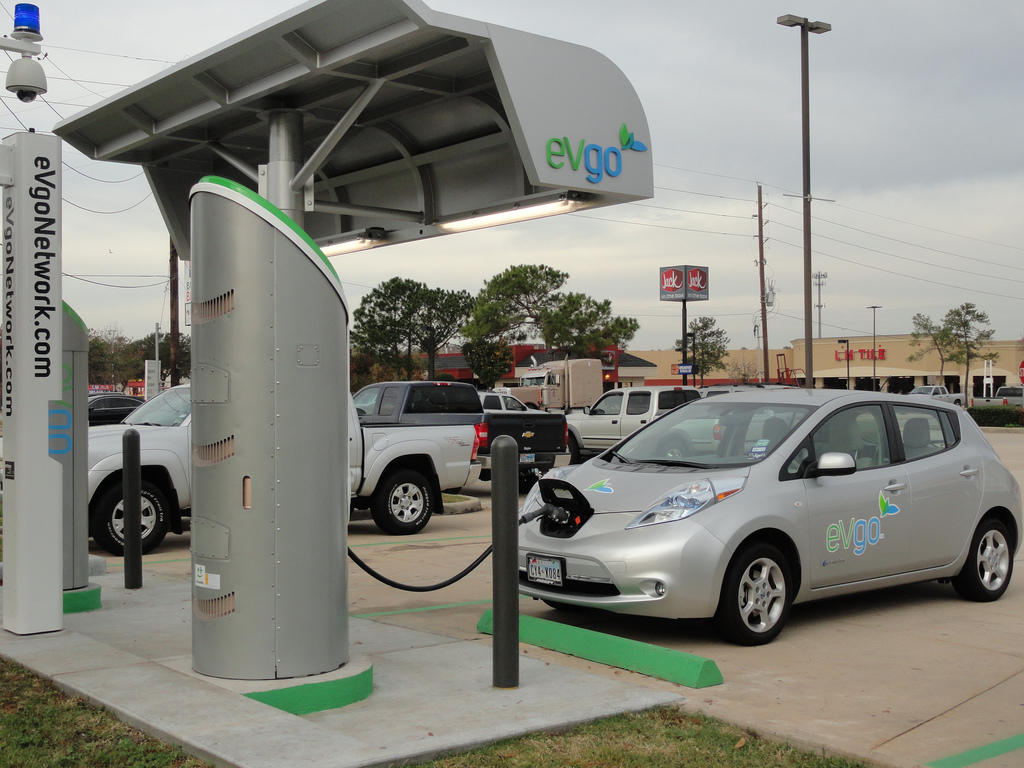 Nissan Leaf Charging For Free On The EVgo Texas Freedom Station Network