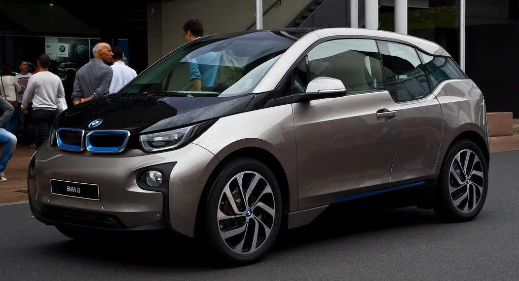 Bmw And Samsung Sdi Expand Electric Vehicle Battery Agreement The