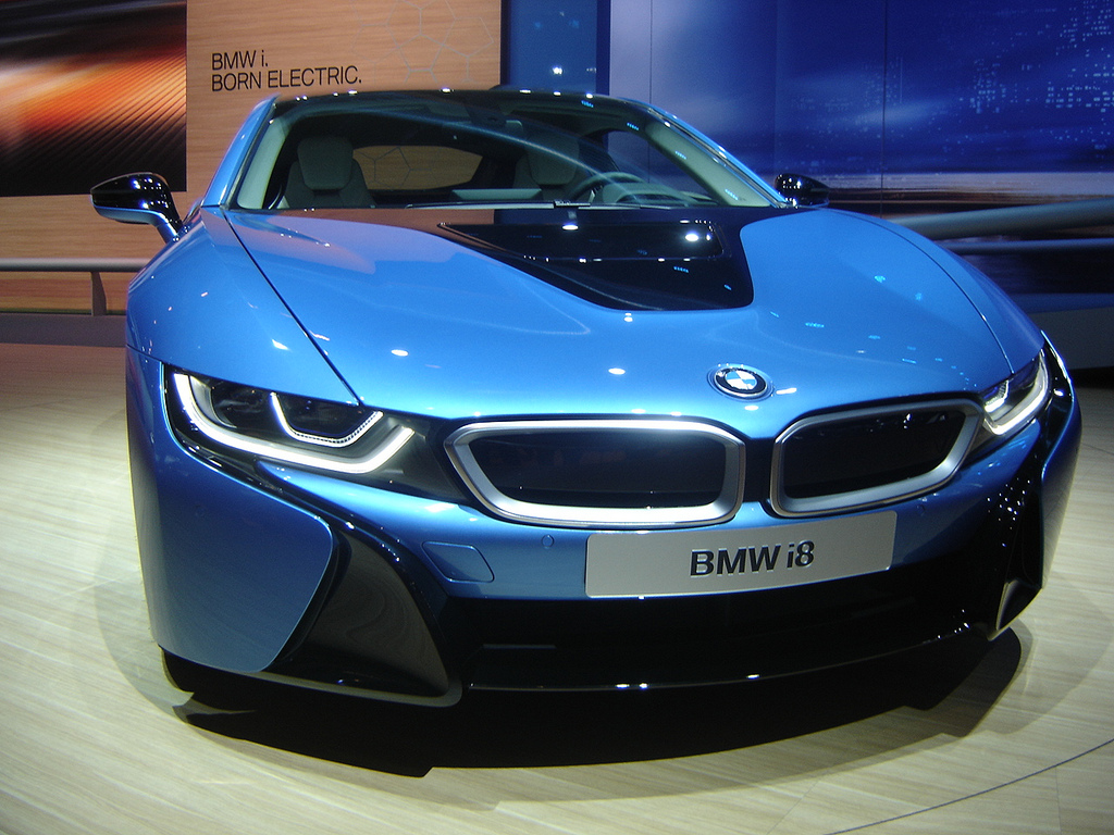 Wireless Electric Vehicle Charging To Be Developed By Bmw And