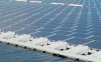 Floating solar installation  © KYOCERA Corporation