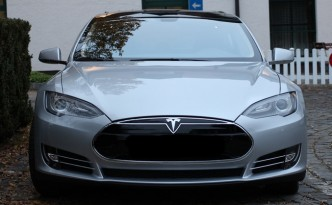 Bottom Line: Tesla Model S Owners Really LOVE The Car