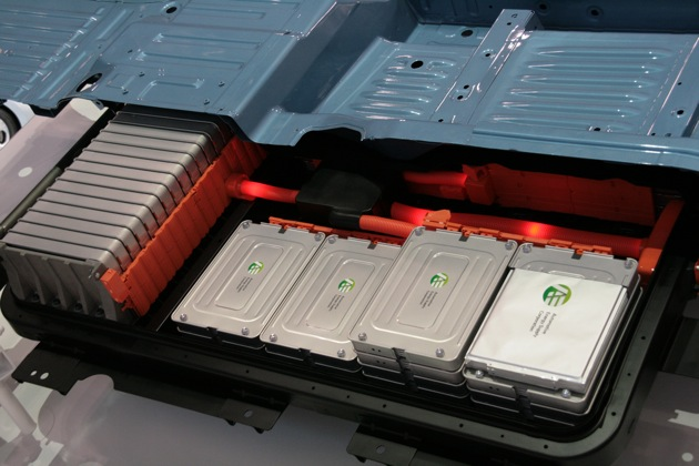 Nissan Leaf Battery Replacement >> Nissan Leaf Lawsuit New Battery Replacement For Unhappy Customers