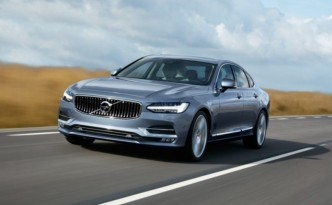 The Volvo plug-in hybrid, the S90, is adding semi-autonomous features.
