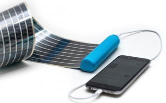 heli-on-solar-panel-4