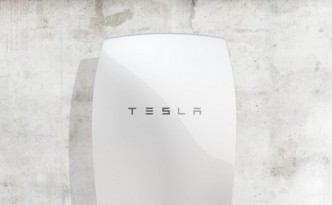 tesla_powerwall_mounted-590x330