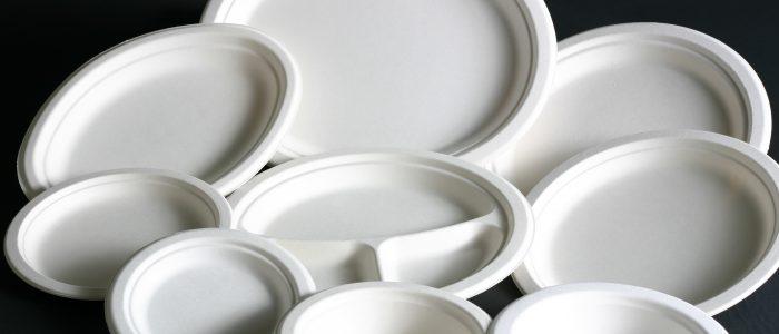 plastic-dishes