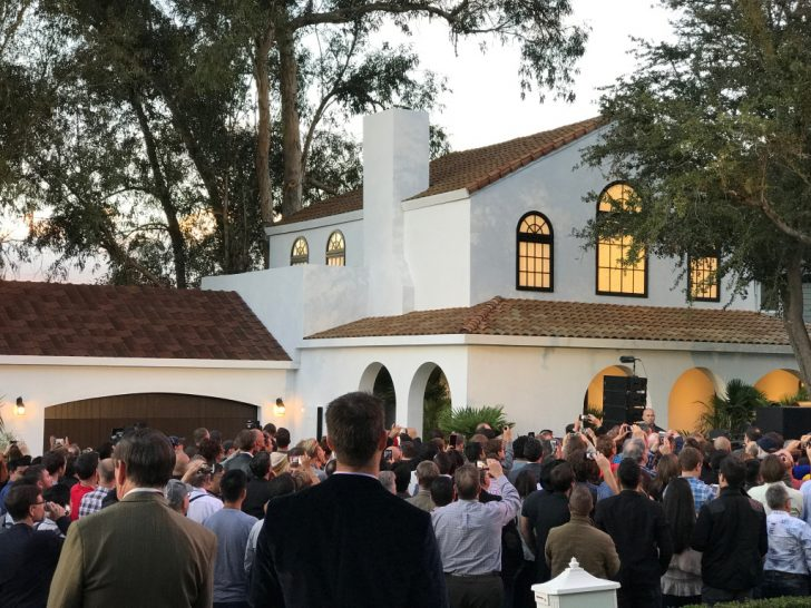 Check out Tesla's four different glass solar roofs